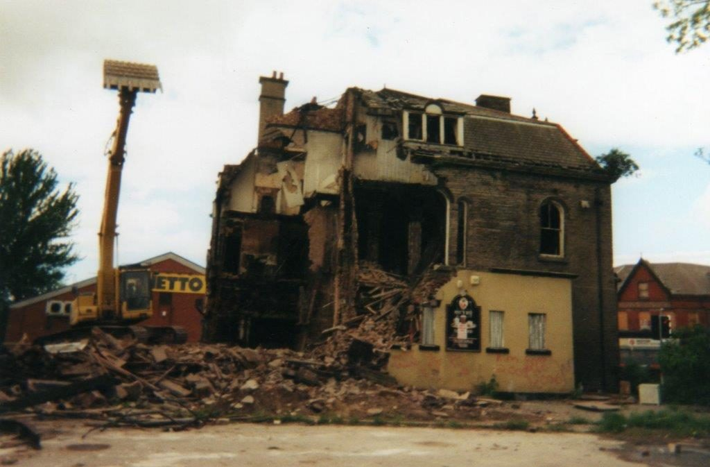 The Demolition of a Liverpool Hotel
